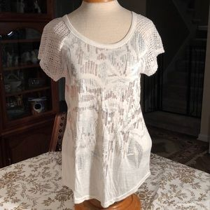 Miss Me Tops - Miss Me Cream top size M from the Buckle